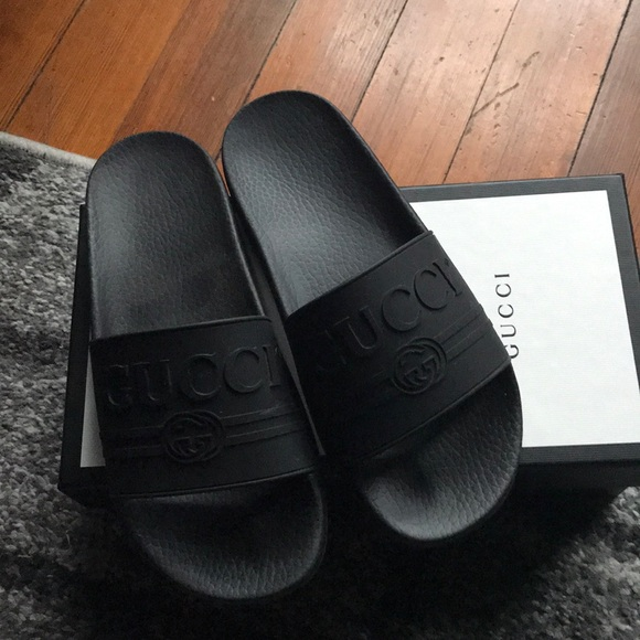 8d024074c Gucci Shoes - Authentic Black rubber Gucci Slides